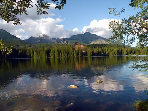 אגם שטרבסקה פלסו בהרי הטטרה הגבוהים, נוף שעוצב בידי קרחונים