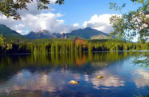 אגם שטרבסקה פלסו ומלון פאטריה הציורי