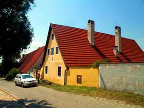 הבתים וכלי העבודה של קהילת האבאן, קהילה נוצרית נרדפת שנכחדה