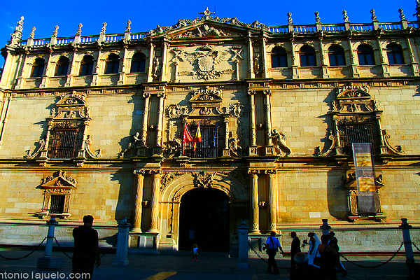 אוניברסיטת אלקלה, ספרד