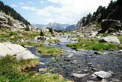 טיול רגלי בשמורת אגוואסטורטס, הרי הפירנאים