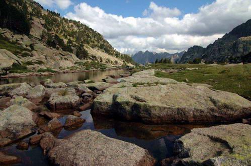 הפארק הלאומי אגוואסטורטס בהרי הפירנאים, ספרד