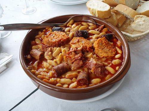 פאוורה אסטואריאנה, תבשיל קדרה בבישול איטי