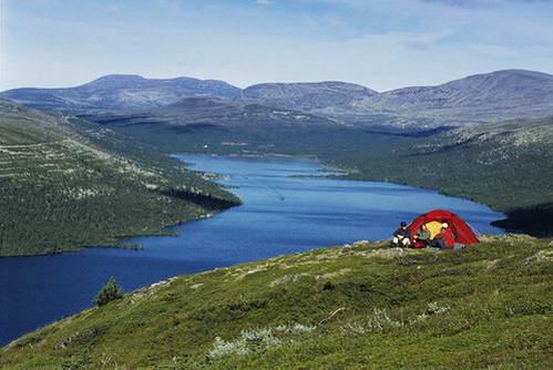 ניתן להקים אוהל כמעט בכל מקום בשבדיה
