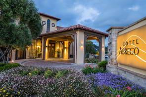 המלצה על מלון בכביש מספר אחת, קליפורניה, ארה