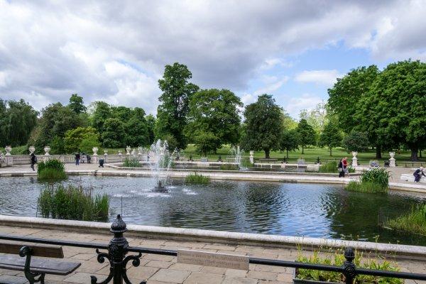 בזכות המלוכה נשמרו שטחים פתוחים רבים במרכז העיר. הייד פארק, לונדון
