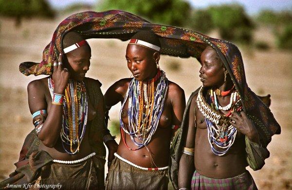 בנות שבט ארובורה, אתיופיה