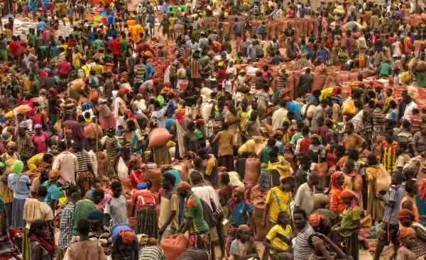 שוק צבעוני בקונסו, אתיופיה