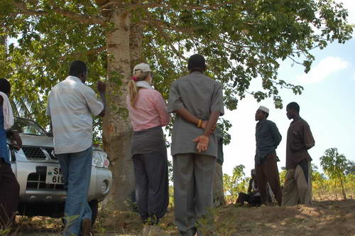טיול בטנזניה, מפגש בשבטים