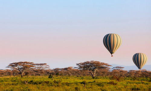 טיסה בכדור פורח, טנזניה