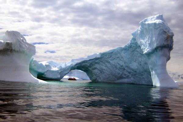 קרחונים בדרך לאנטארקטיקה