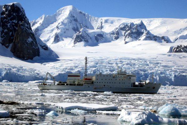 עושים דרכנו ליבשת אנטארקטיקה