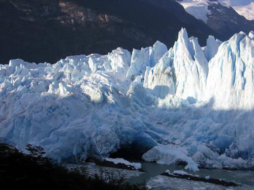 פריטו מורנו, הקרחון המתנפץ, קלפטה, ארגנטינה