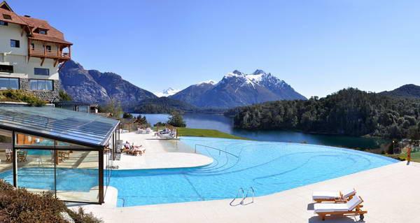 מלון באזור האגמים של ברילוצה, ארגנטינה