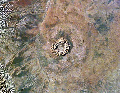 מכתש טנוראלה בתמונה מהחלל