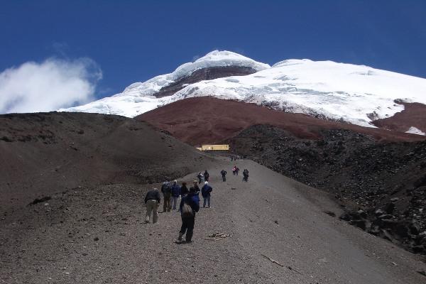 טיפוס על הר הגעש קוטופאקסי, אקוודור