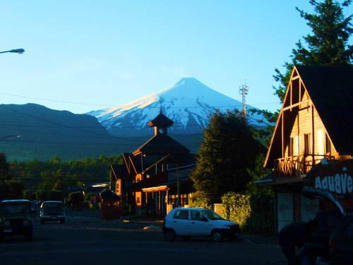 הר הגעש ויאריקה, העיירה פוקון, צ'ילה