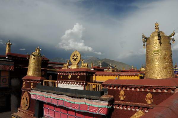 רובע בארקור, נמצא מקדש ג'וקהאנג, טיבט