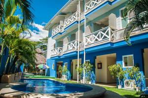 מלון בסנטה תרזה, ליד בית חב