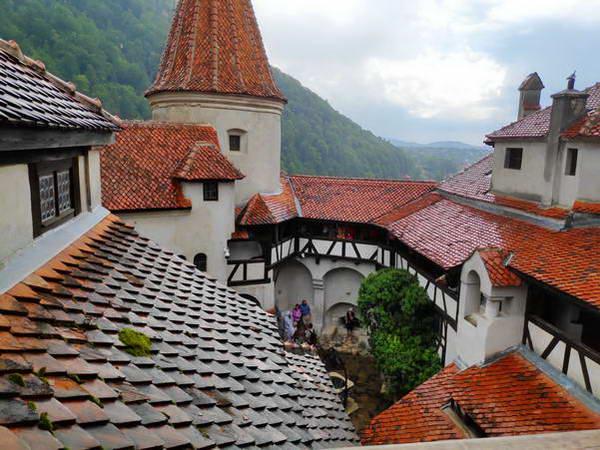 הטירה של דרקולה, רומניה