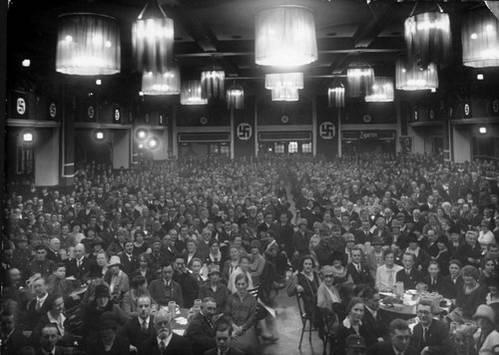 כינוס חברי המפלגה הנאצית במרתף הבירה בירגרבראוקלר