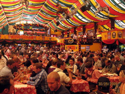 פסטיבל הבירה במינכן