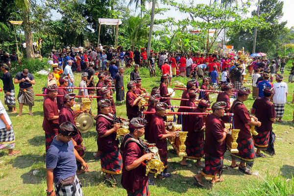 פולחן מוות באינדונזיה
