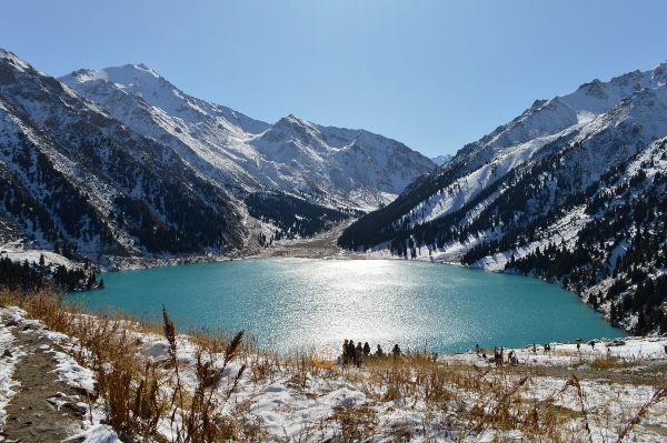 האגם של אלמטי