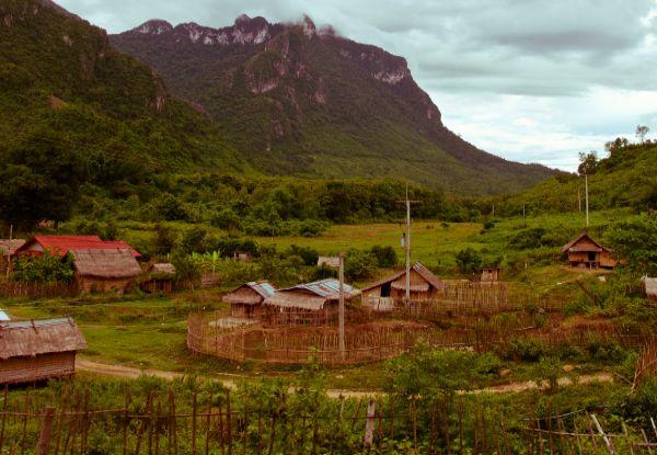 כפר קטן בלאוס