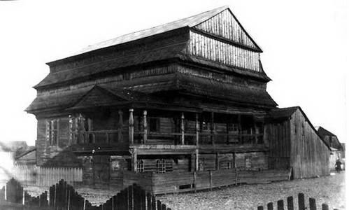 בית הכנסת בעיירה יורבורג בתחילת המאה העשרים