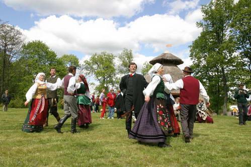 ריקוד ליטאי מסורתי