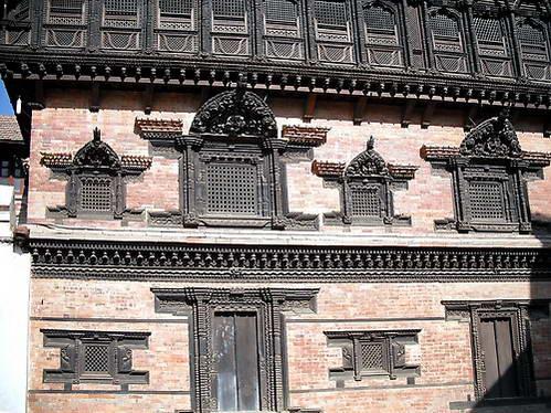 ארמון 55 החלונות, בהקטפור