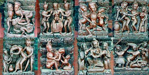 שמונה גילופים בתמוכות הגג של מקדש בפאשופטינאת