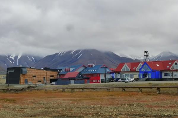 העיירה לונגיירביין, שפיצברגן