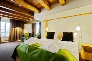מלון מומלץ בעיירה קריסטיאנסונד בדרך האטלנטית