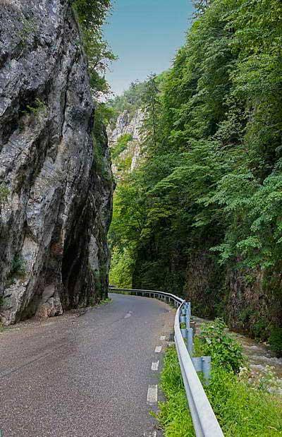 קניון דמבוביצ'וארה ברומניה