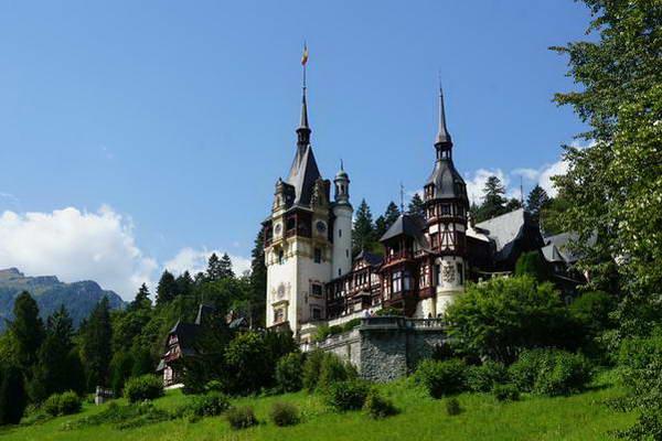 ארמון פלש, סינאיה, טיול ג'יפים ברומניה