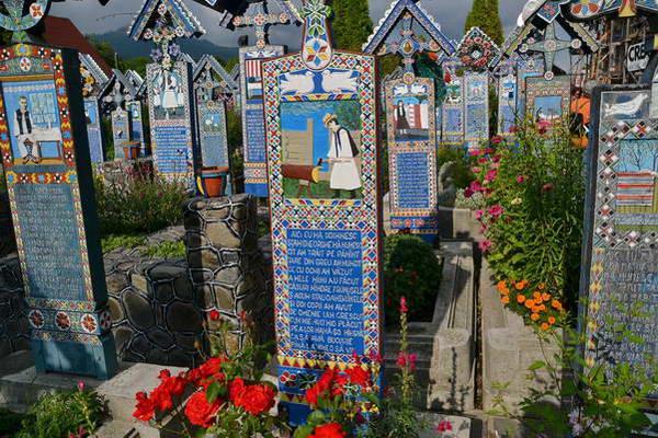 בית הקברות העליז, ספאנצה, רומניה