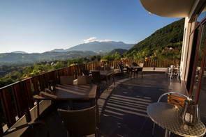 הממלצה על מלון ליד טירת בראן, רומניה