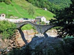 גשר בעמק ורצסקה, צפוו איטליה