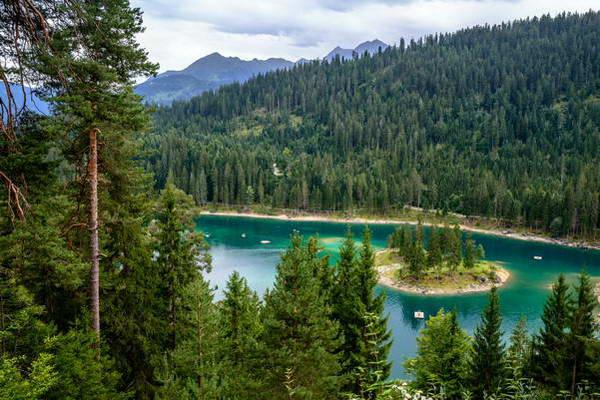 אגם קאומזה במזרח שוויץ