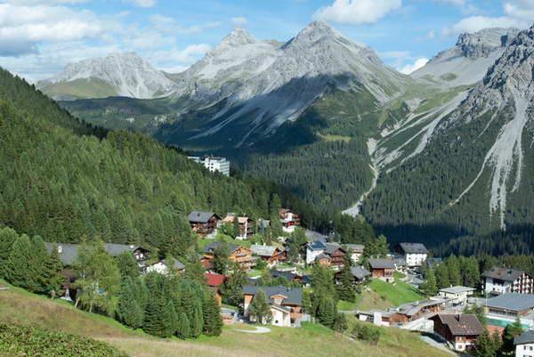 העיירה ארוסה במזרח שוויץ