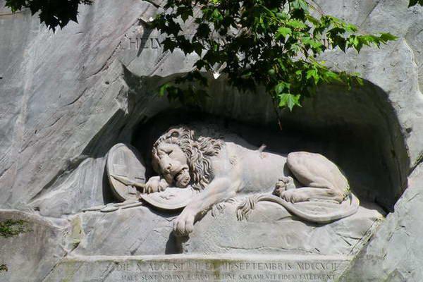 אנדרטת האריה, לוצרן