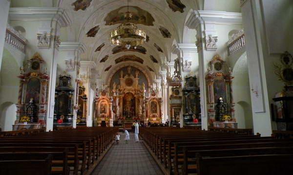כנסיית המנזר באנגלברג