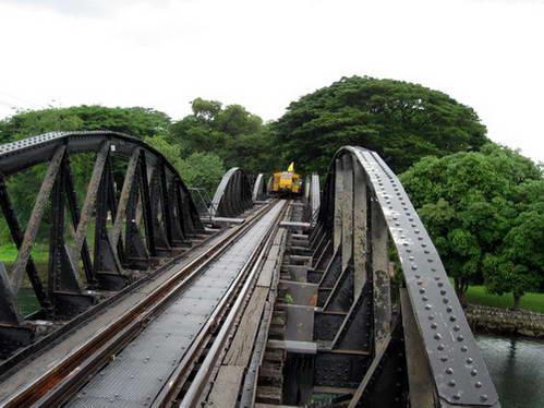 הגשר על נהר קוואי, תאילנד