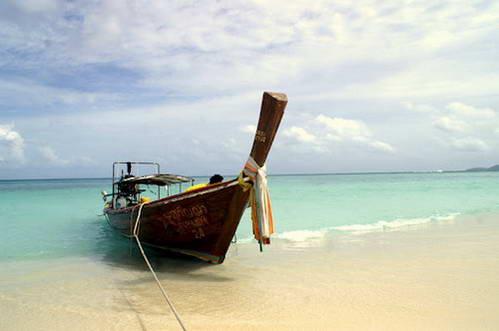 קו טאו – אי קטן עטוף באתרי צלילה