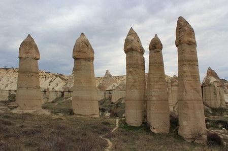 עמודי הפיות שבעמק האהבה. קפדוקיה, טורקיה