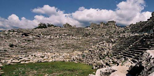 אמפיתיאטרון בעיר העתיקה טלוס, טורקיה